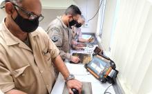 Inspetores da Divisão de Laboratórios realizam inspeção por ultrassom convencional segundo sistema ASNT