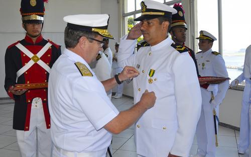 Na ocasião, Oficiais e Praças foram agraciados com medalhas militares