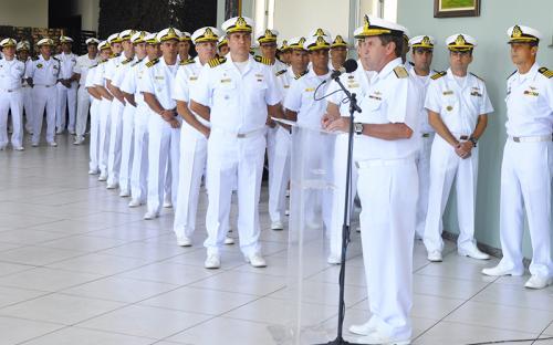 Comandante-Geral do CFN destacou que a cerimônia é uma forma de reconhecimento pela dedicação dos militares