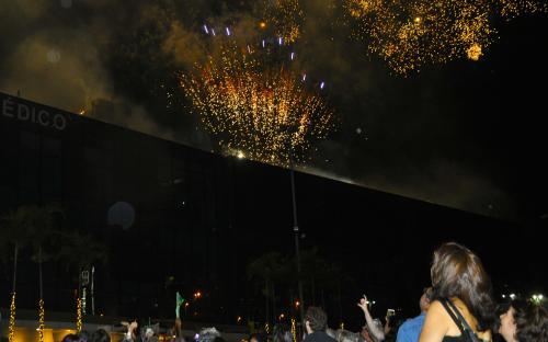 O espetáculo contou com queima de fogos