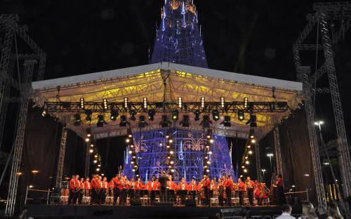 Banda Sinfônica do CFN participou de evento de inauguração da árvore de natal do BarraShopping