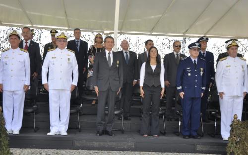Cerimônia contou com a presença de autoridades civis e militares