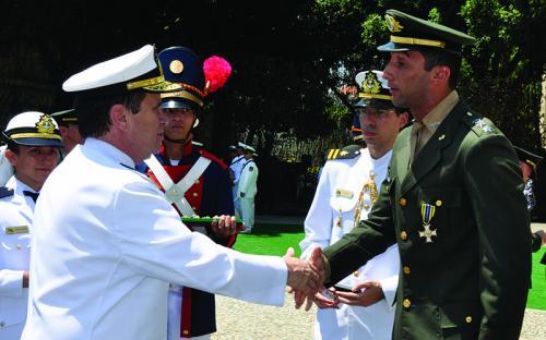 Cerimônia de Imposição da Medalha Mérito Desportivo Militar homenageia militares e civis ligados ao desporto