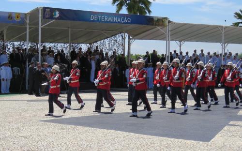 Desfile em continência ao Presidente encerrou a cerimônia