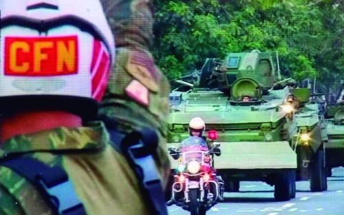 Fuzileiros Navais contribuem para a normalização da rotina na Rocinha