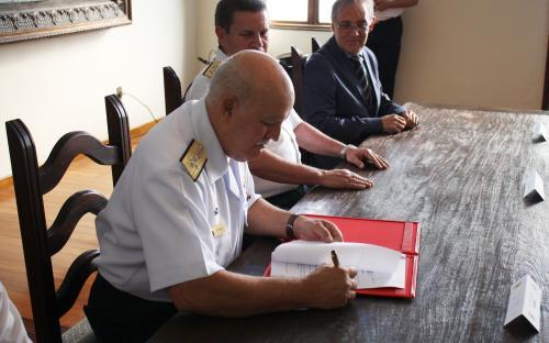 Protocolo de intenções foi assinado pelo Comandante de Operações Navais na tarde de 17 de julho