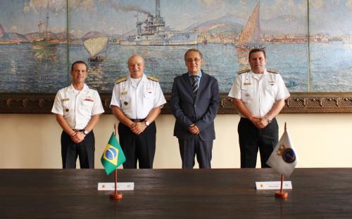 Parceria entre Marinha do Brasil e ABL visa à difusão da leitura ao redor do mundo