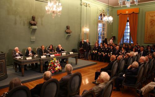 Solenidade foi realizada na sede da ABL e marcou os 121 anos da Instituição