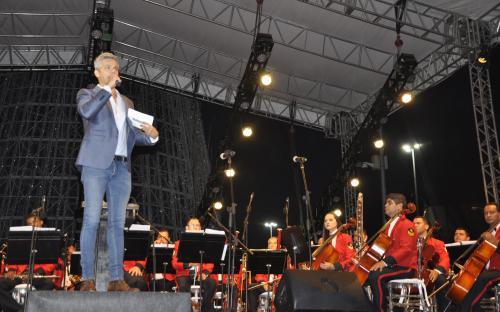 O apresentador Otaviano Costa foi o mestre de cerimônias do evento