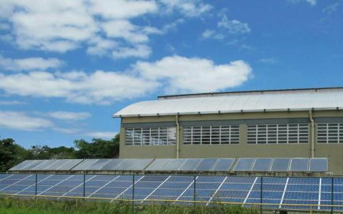 Organização Militar utiliza painéis solares em parte de suas instalações