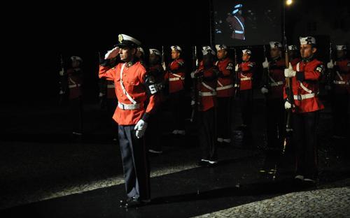 Pelotão de Ordem Unida Silenciosa foi uma das atrações da noite