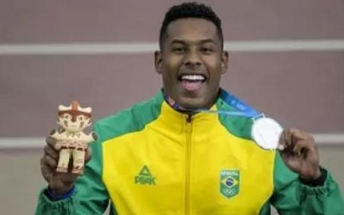 O Sargento Paulo André (100m) conquistou a prata no Atletismo