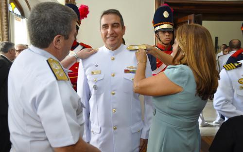 CGCFN realiza cerimônia de troca de platinas de almirantes recém-promovidos