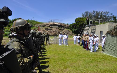As comitivas assistiram a demonstrações operativas no 1º Batalhão de Infantaria de Fuzileiros Navais