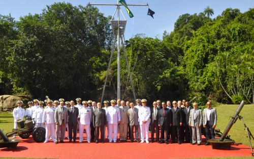 Participaram da cerimônia Oficiais-Generais e militares que já serviram na Unidade