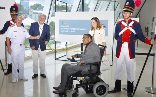 Exposição Corpo de Fuzileiros Navais, Inclusão e Arte está em cartaz no Museu do Amanhã até 30 de setembro