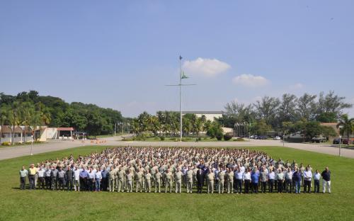 Oficiais que servem às Organizações Militares do CFN se reuniram no CIASC