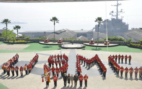 O General Neller foi recepcionado pelo Comandante-Geral do CFN na Fortaleza de São José