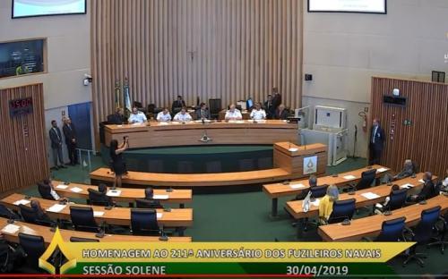 Câmara Legislativa do Distrito Federal celebra 211 anos do Corpo de Fuzileiros Navais em Sessão Solene