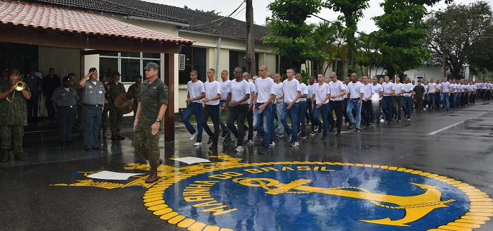 Apresentação Marinheiros-Recrutas da Turma 1/2020