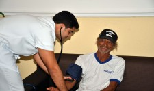 Com2ºDN resgata tripulantes de saveiro na Bahia
