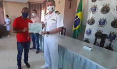 Capitão dos Portos de Alagoas entrega certificados aos aquaviários