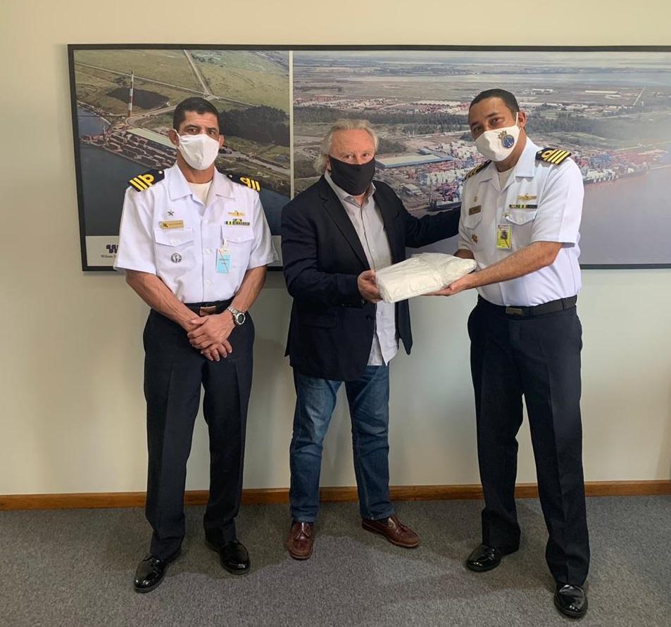 CPRS recebe a doação de mil e quinhentas máscaras do TECOM.jpg