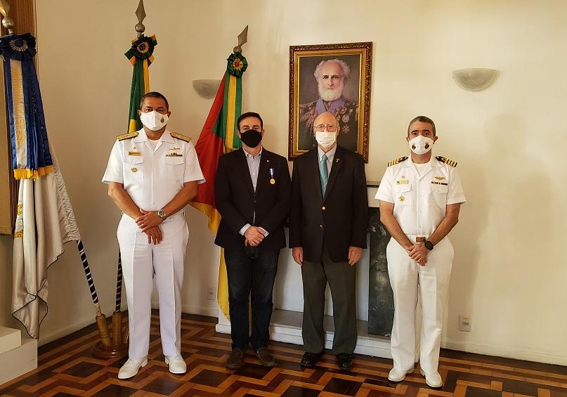 Condecoração foi realizada na Capitania Fluvial de Porto Alegre (CFPA).jpg