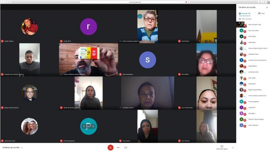 Famílias inscritas no PAE durante a reunião..jpg