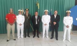 Personalidades civis e militares durante a cerimônia