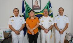 Da esquerda para direita: Capitão dos Portos de Mato Grosso; prefeita de São Félix do Araguaia; Comandante do Com6ºDN; e Agente Fluvial de São Félix do Araguaia