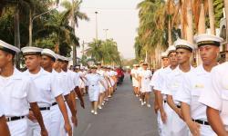 Desfile cívico-militar na Avenida General Rondon