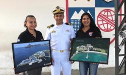 Entrega dos quadros foi feita pelo Capitão dos Portos de Mato Grosso, Capitão de Corveta Thiago Cristiano Muniz Santos