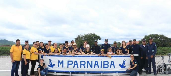 Grupo embarcou no Monitor Parnaíba
