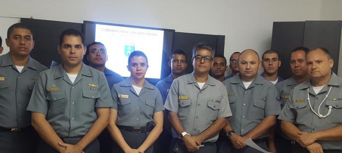 Militares participantes da palestra