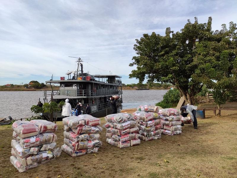 Mais de 200 cestas básicas foram levadas para regiões de difícil acesso
