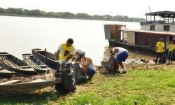 Limpeza foi realizada na orla do Rio Paraguai