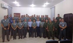 Militares de OMs subordinadas ao Com6ºDN e instrutores da FAB