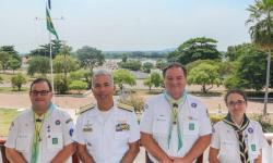 Diretor-Presidente Leonardo Martins; V Alte Arentz, Coordenador Nacional da Modalidade do Mar, Marco Bortoli, e a Chefe de Seção do Ramo Escoteiro, Mariana Fregapani