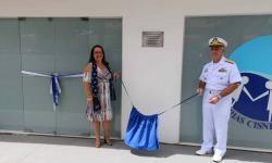 A Diretora das VCB – Seccional Ladário, Maria Fernanda, e o Comandante do 6ºDN, CA Arentz, descerraram a placa de inauguração