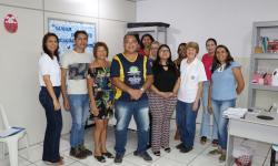 Membros da Soamar Ladário-Corumbá, da Secretaria Municipal de Educação de Corumbá e da E.M. Rural Pólo Porto Esperança