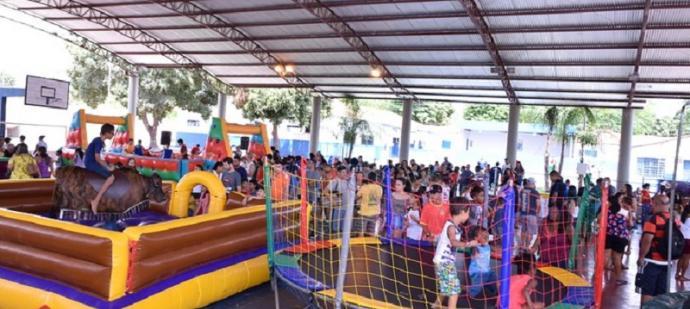 Cerca de 400 crianças participaram da comemoração