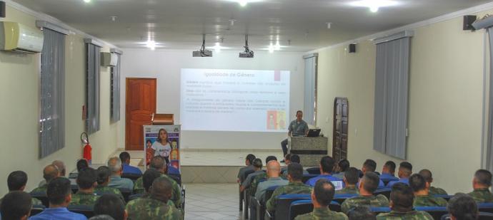 Militares debateram formas de combate à violência doméstica