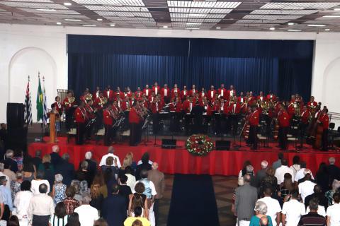 Banda Sinfônica do Corpo de Fuzileiros Navais se apresenta no Círculo Militar