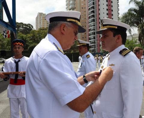 CF (IN) D'ANGELO recebe medalha Mérito Acanto
