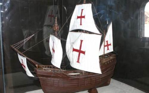 Modelo Naval de Nau