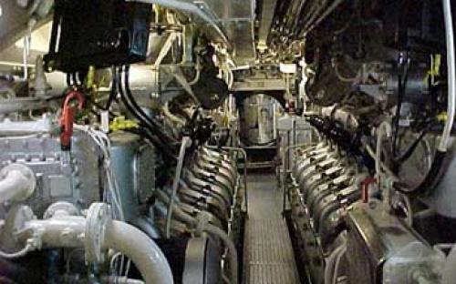 Praça de máquinas do Submarino_Museu Riachuelo S-22