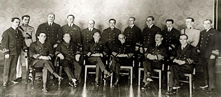 Turma de 1925, quando a EGN ainda se chamava Escola Naval de Guerra.