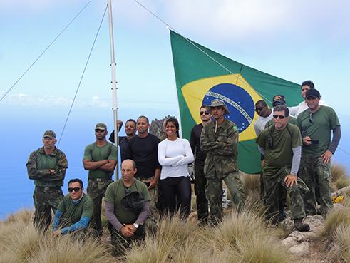 Troca da Bandeira no Pico do Desejado