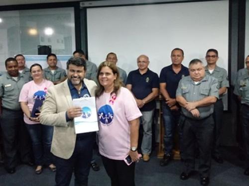 Voluntárias Cisne Branco Seccional Fortaleza Promovem